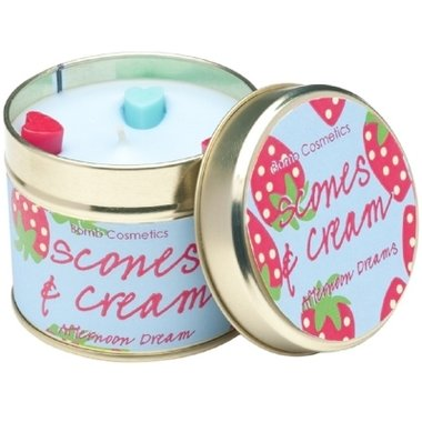 Bomb Cosmetics Geurkaars Scones and Cream Tinned Candle